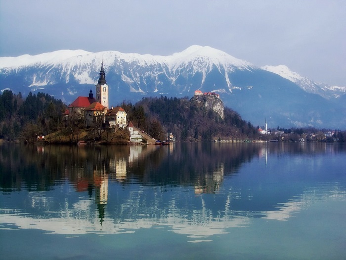 cheap flights slovenia